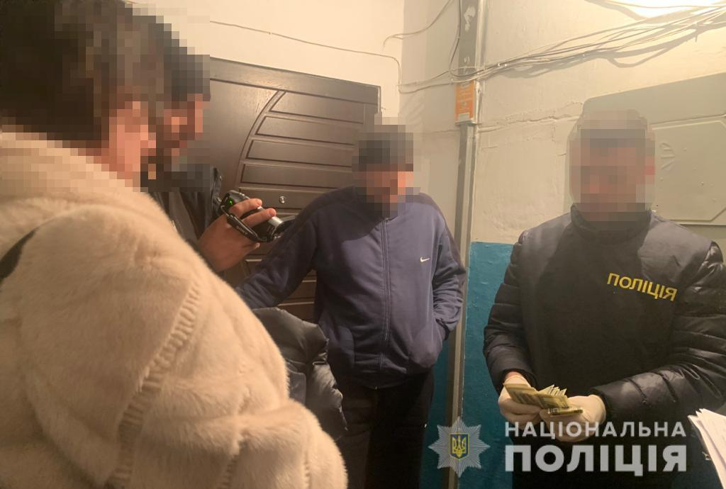 Начальницю одного з управлінь Волинської ОДА затримали з хабарем