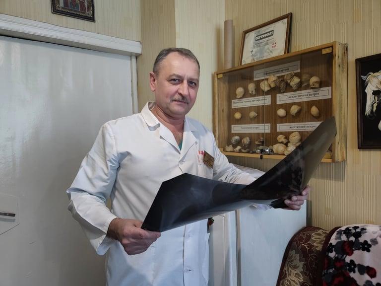 У Луцьку зробили інноваційну операцію із заміни тазостегнових суглобів