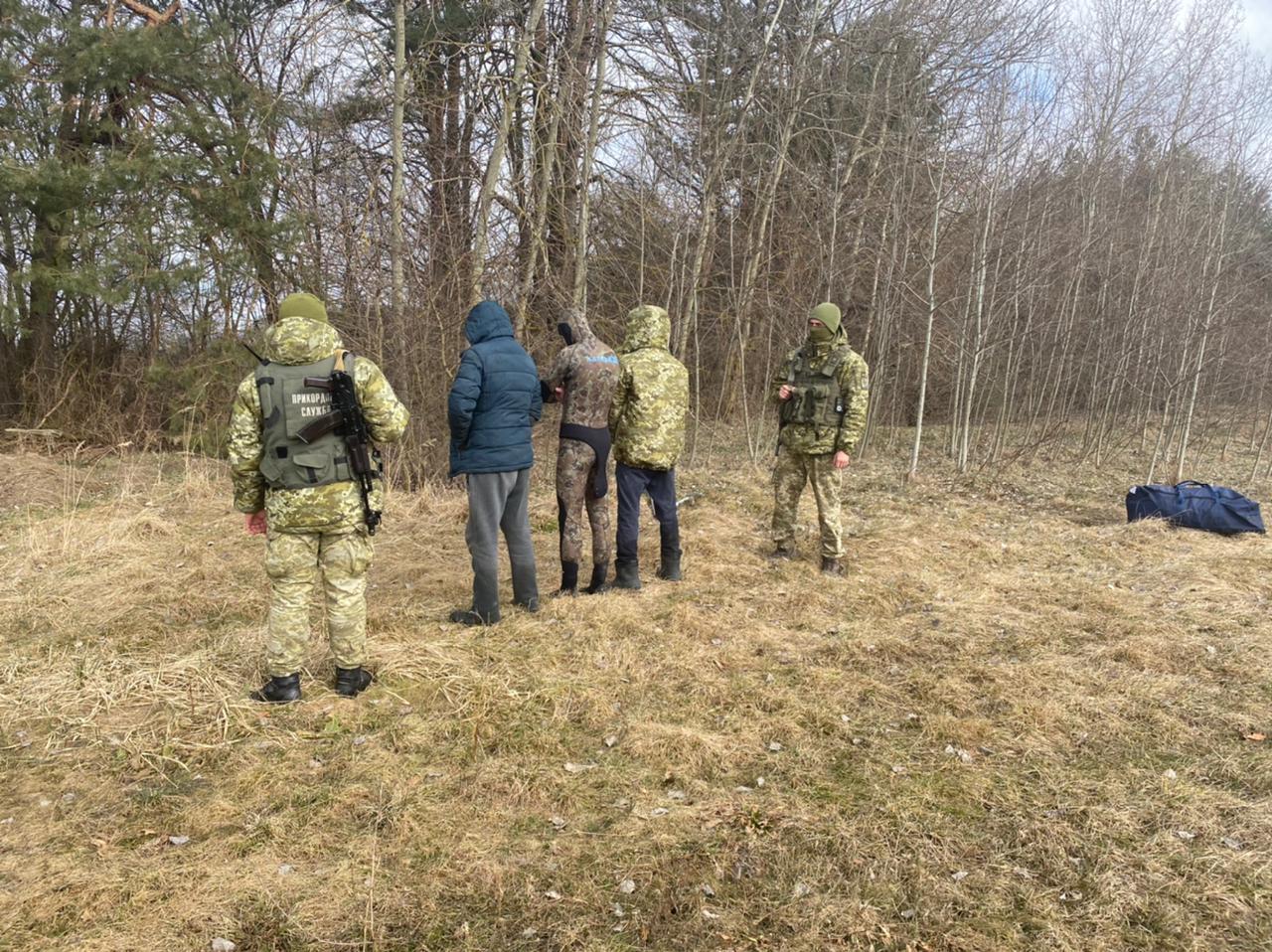 На Волині охоронці кордону з пострілами зірвали спробу протиправної діяльності на кордоні