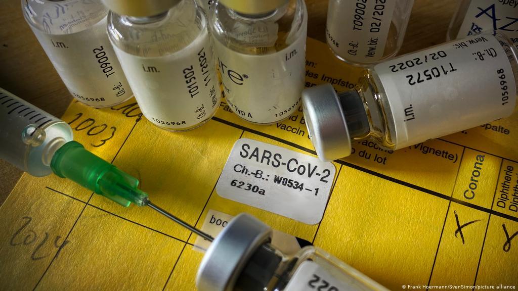 Прем'єр-міністр Литви заявила, що у вакцинованих людей поки не може бути привілеїв