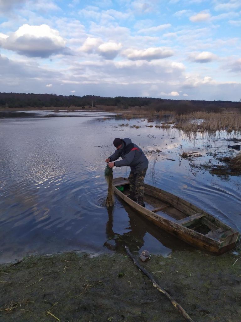 За тиждень на Волині виявили 19 порушень правил рибальства