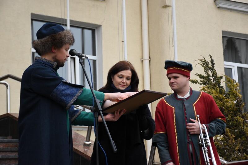 У Луцьку кликун підписав угоду з міською радою