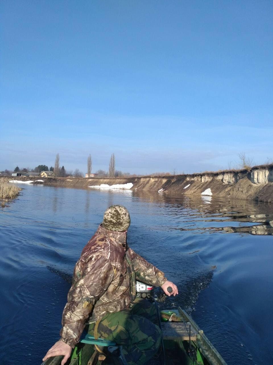 На Волині екоінспектори вилучили півкілометра браконьєрських риболовних сіток