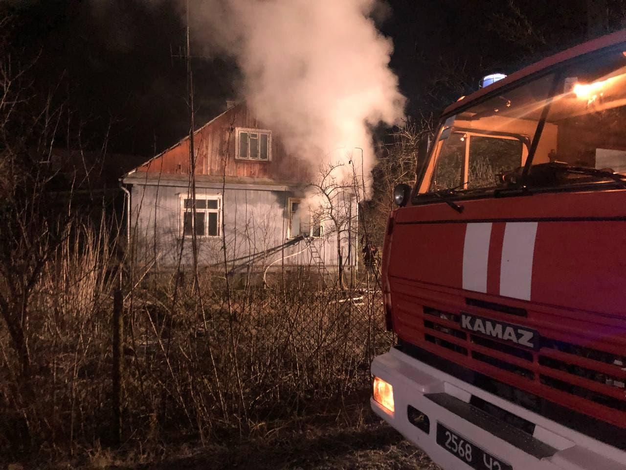 Під час пожежі у Луцькому районі врятували чоловіка
