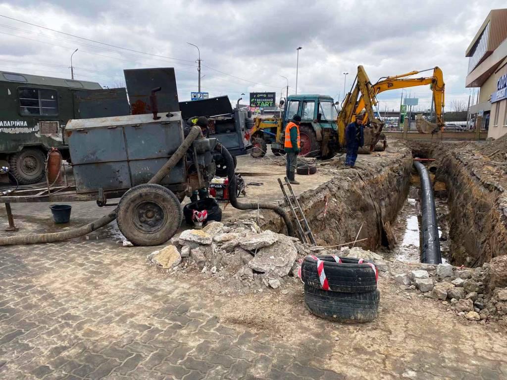 У Луцьку завчасно ліквідували аварійну ситуацію, через яку лучани могли лишитись без води