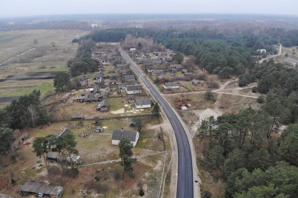 Капітально ремонтують дорогу від селища Шацьк до села Адамчуки