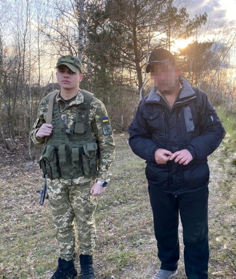 Прикордонники Луцького загону затримали грузина, який намагався незаконно потрапити в Білорусь