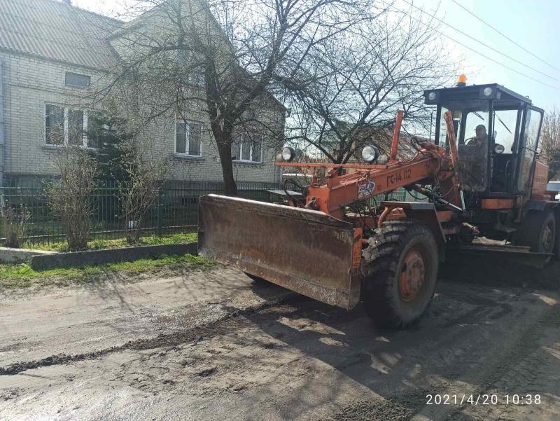 У Ківерцівській громаді розпочали грейдерування доріг