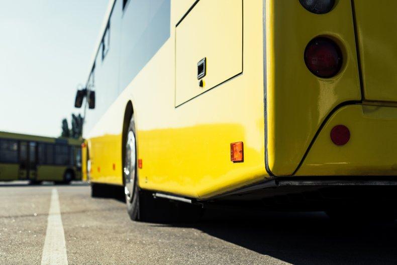 У Нововолинську змінили графік руху автобуса, що курсує до кладовища