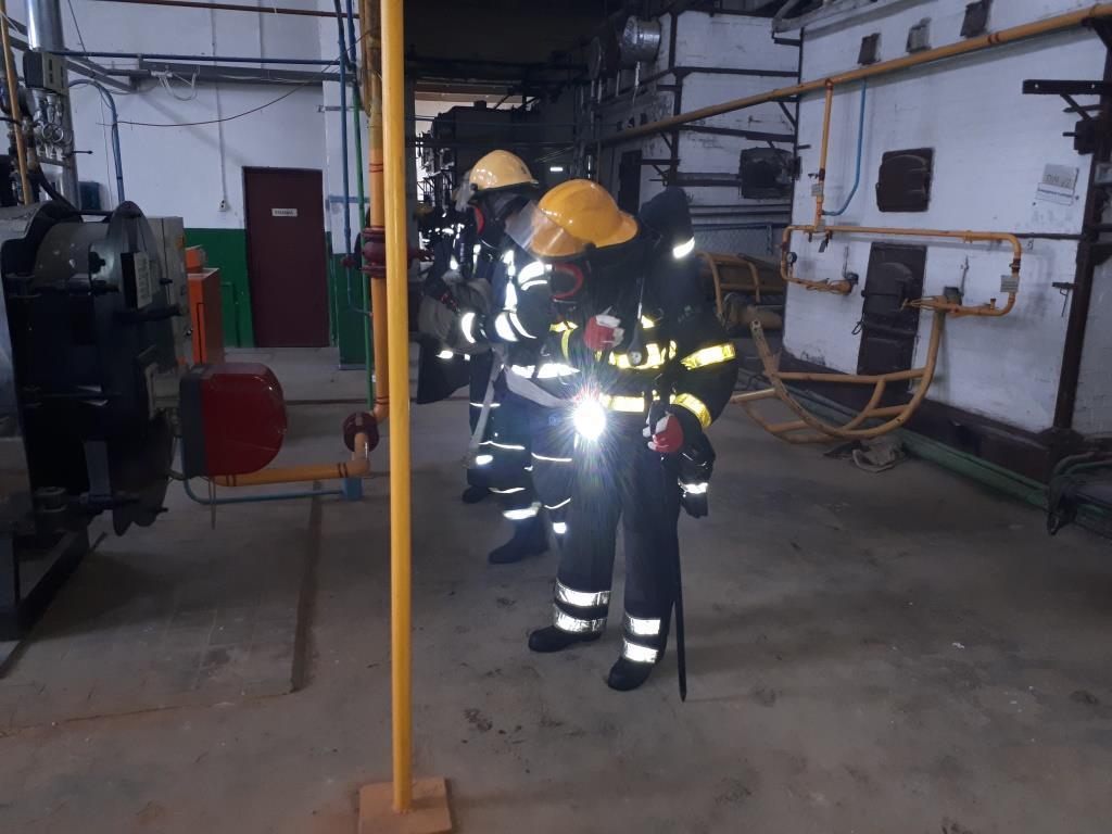 У Нововолинську рятувальники організували навчання на хлібзаводі