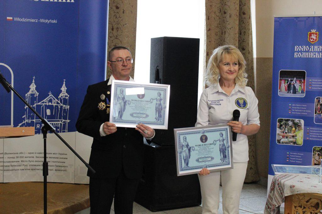 Митець з Володимира-Волинського встановив два нових світових рекорди