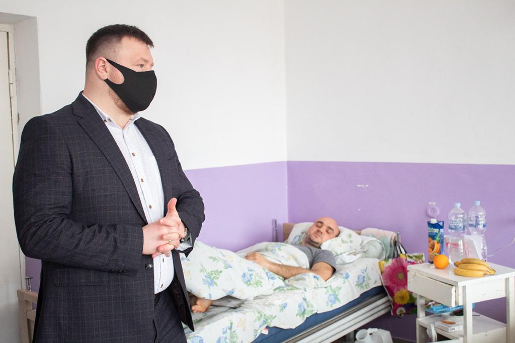 Мер Нововолинська відвідав у лікарні шахтарів, які постраждали під час нещасного випадку