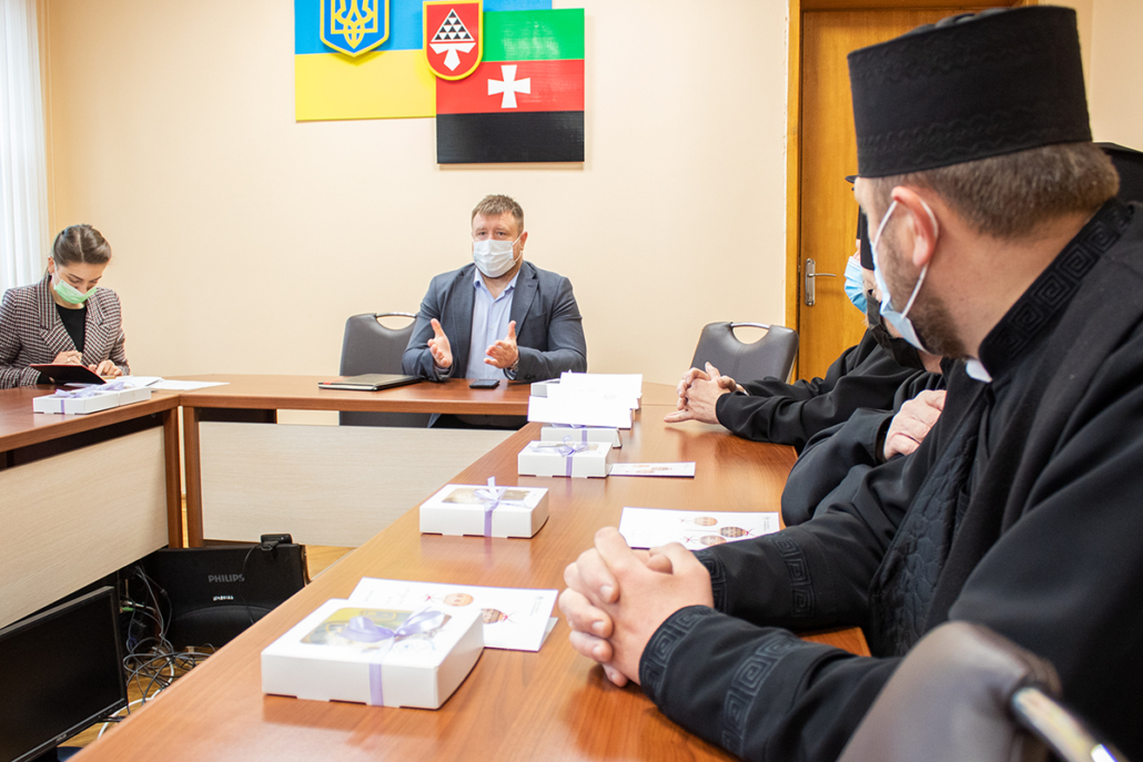 Нововолинський міський голова зустрівся з представниками духовенства