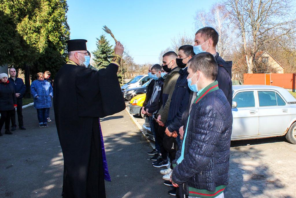 Призовників з Нововолинська відправили до лав Збройних сил України