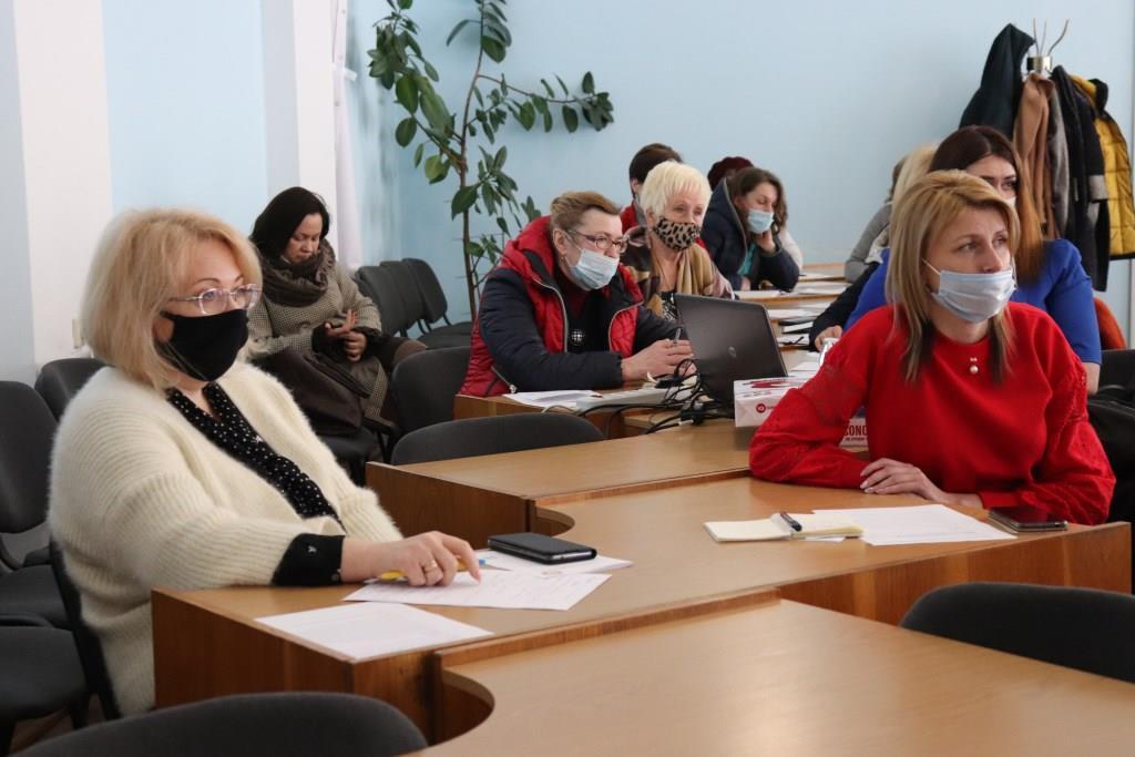 У Володимирі-Волинському організували круглий стіл з підприємцями та бухгалтерами громади