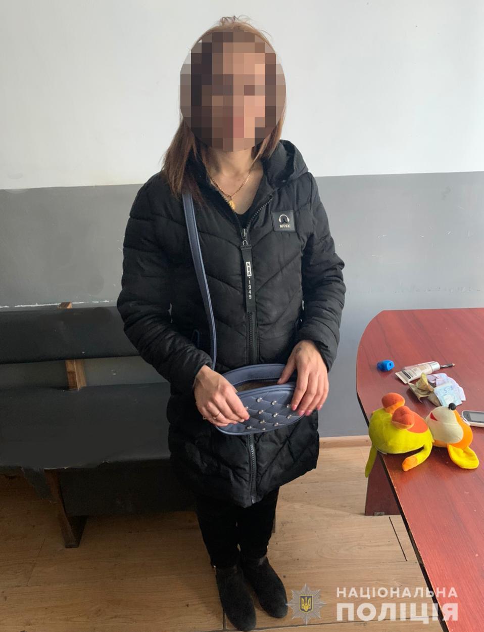 У Луцьку затримали жінку, яка обікрала пенсіонерку