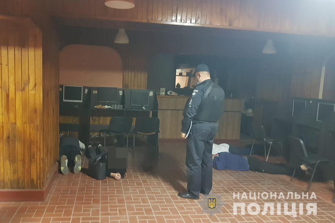 У Луцьку поліцейські викрили підпільний гральний заклад