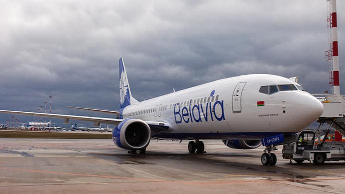 Польща закрила свій авіапростір для перевізників Білорусі