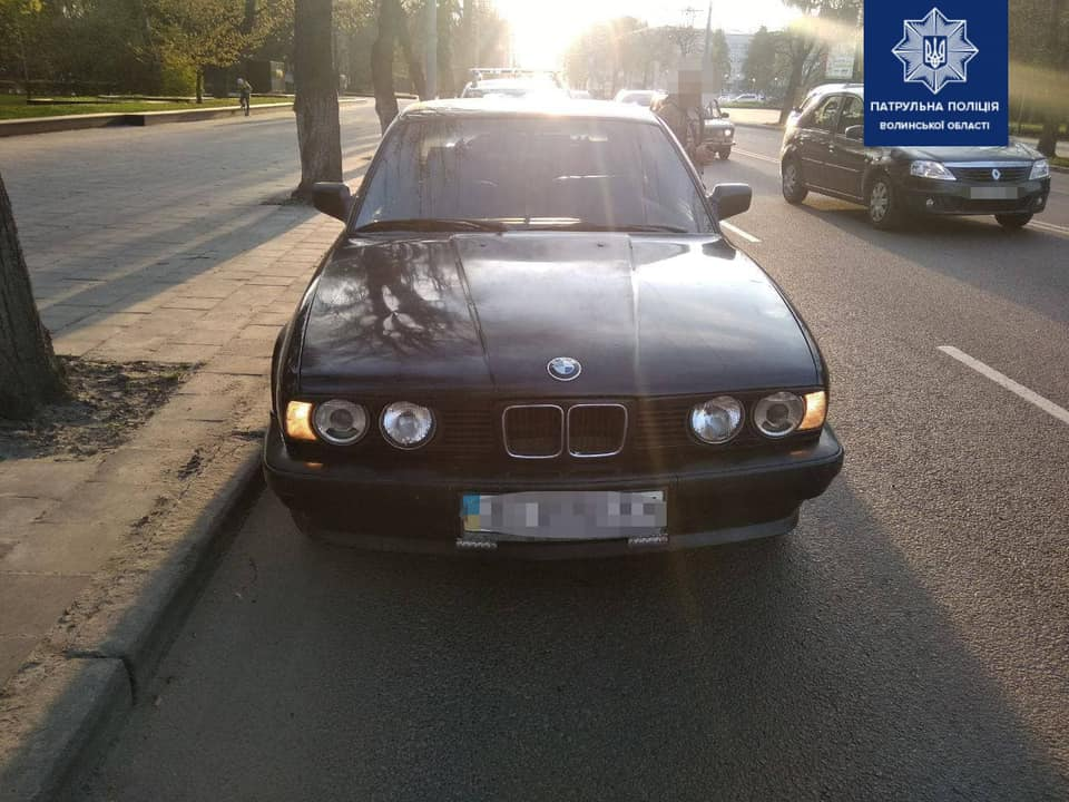 У Луцьку нетверезий водій «підрізав» авто