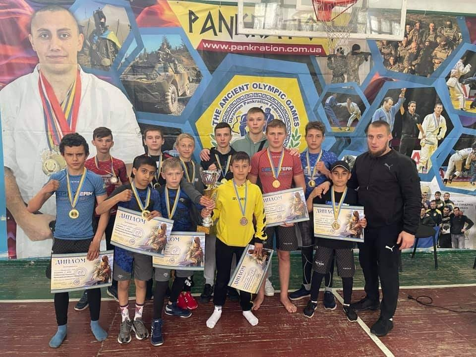 Спорстмен луцького клубу став чемпіоном з панкратіону серед юнаків