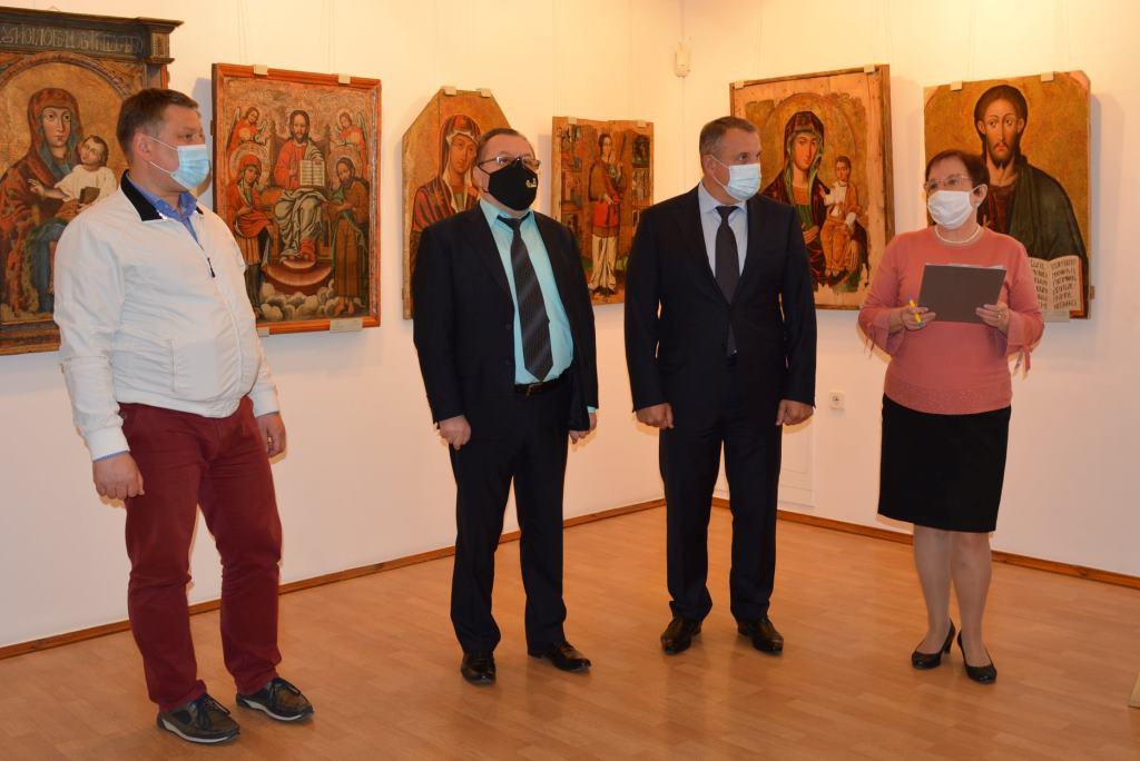 «Святі заступники перед Богом»: у музеї волинської ікони стартувала нова виставка