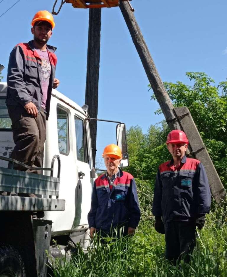 У Володимир-Волинській громаді ремонтують лінії електропередач