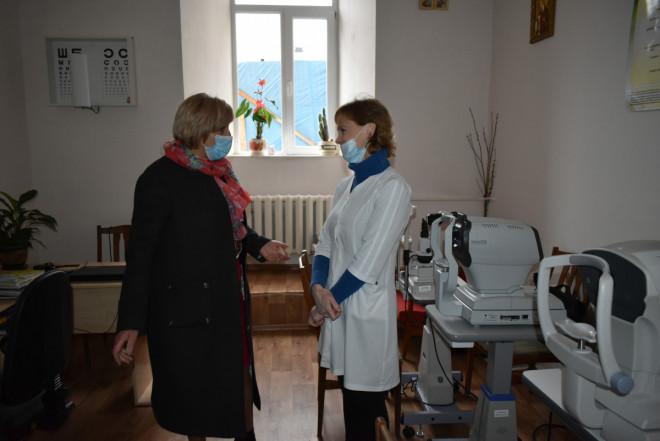 Пацієнтів Луцького військового госпіталю вітали з Днем перемоги над нацизмом