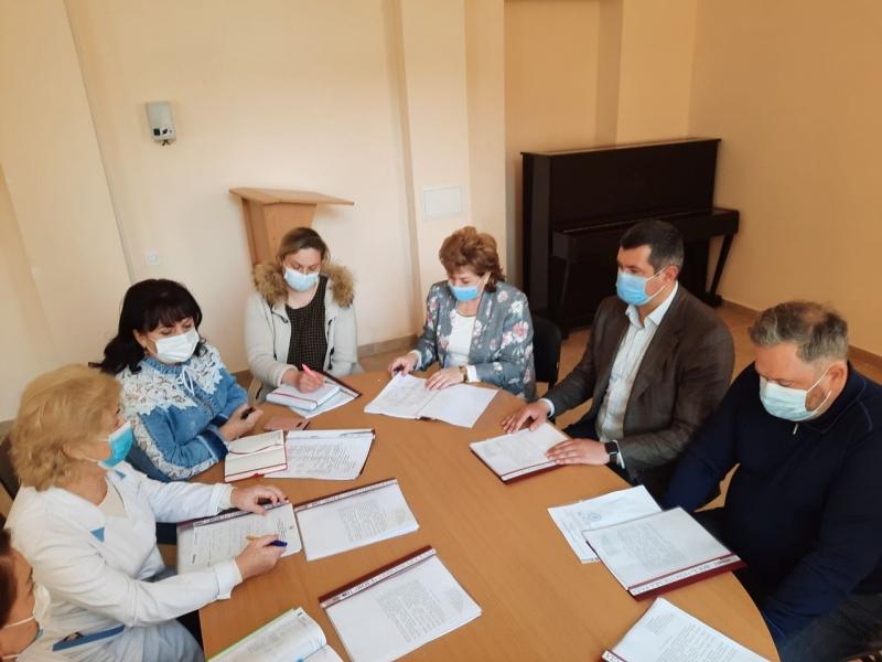 У Волинській обласній інфекційній лікарні вперше засідала опікунська рада