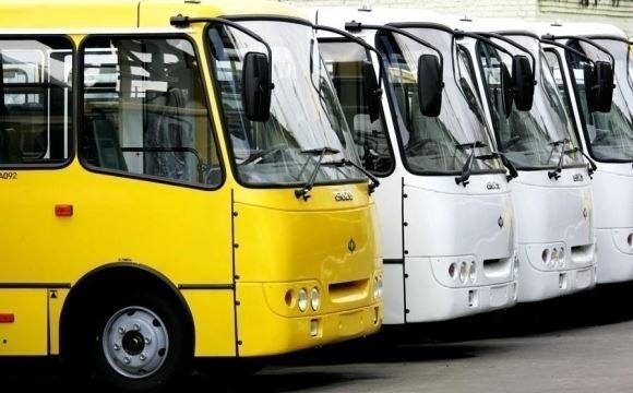 Робота ЖКП та громадський транспорт: на що нарікали лучани протягом квітня