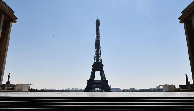 У Франції почала діяти перша фаза послаблення ковідних обмежень