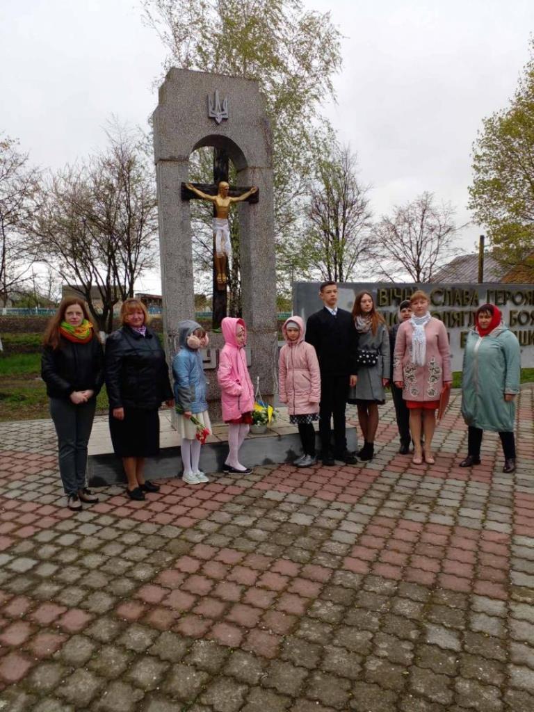 У громаді поблизу Луцька вшанували полеглих захисників Вітчизни