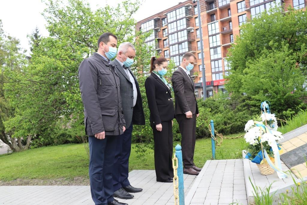 У Володимирі-Волинському вшанували пам'ять жертв політичних репресій