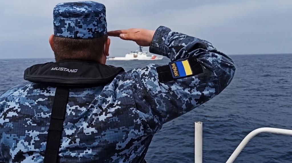 США та Україна провели спільні навчання в морі з реальними перешкодами. ВІДЕО