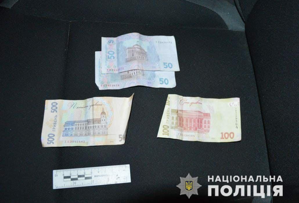Волинянин постав перед судом за надання хабаря поліцейським