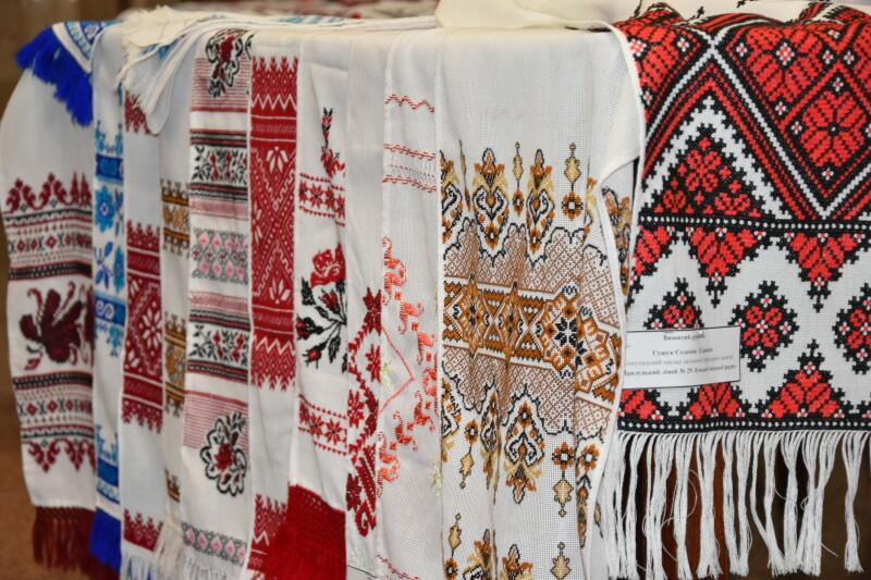 У Луцьку відбувся всеукраїнський фестиваль вишитих рушників