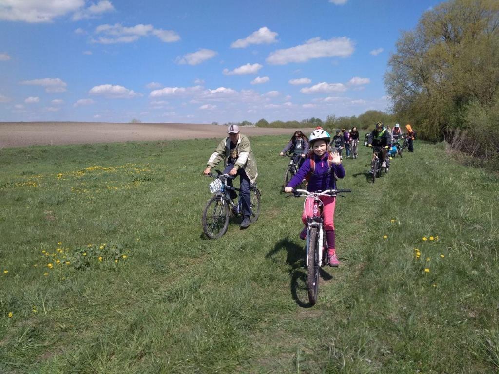У Боратинській громаді організували велопробіг з нагоди Дня матері
