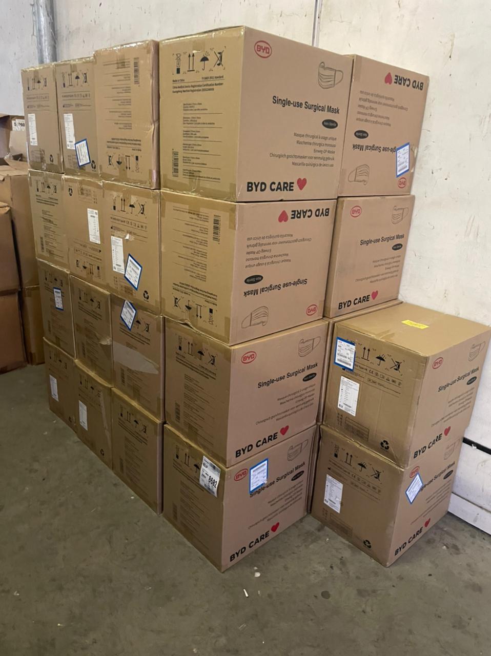 На Волині прикордонники у вантажівці виявили «лівий» товар на понад три мільйони гривень