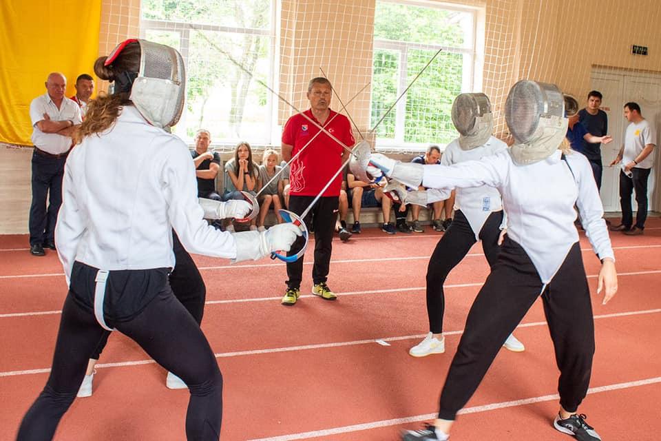 Збірна Туреччини з фехтування провела показове тренування для школярів Нововолинська. ВІДЕО