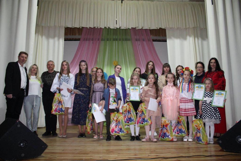 У Володимирі-Волинському відбувся фінал пісенного конкурсу «Юні голоси»