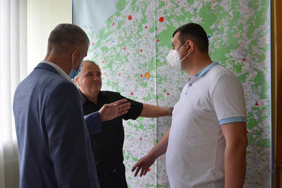 Голова Волиньради оглянув нове приміщення, у якому перебувають працівники швидкої допомоги