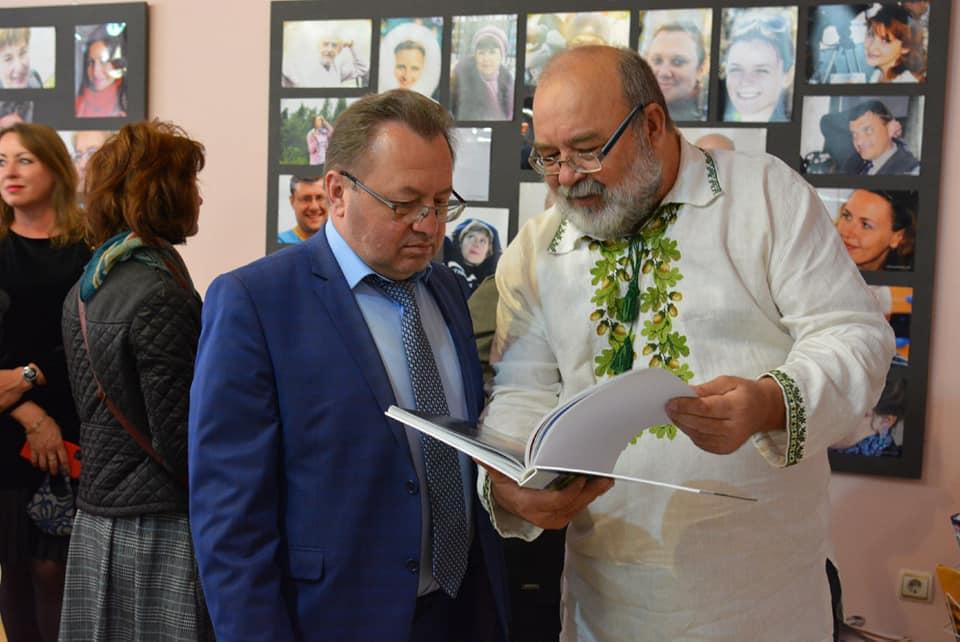 У Луцьку відкрили виставку «Очі волинської журналістики. Ностальгія»