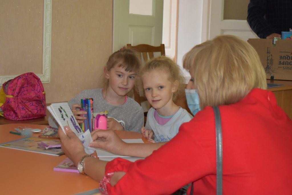 Вихованців Крупівського НРЦ вітали із Днем захисту дітей