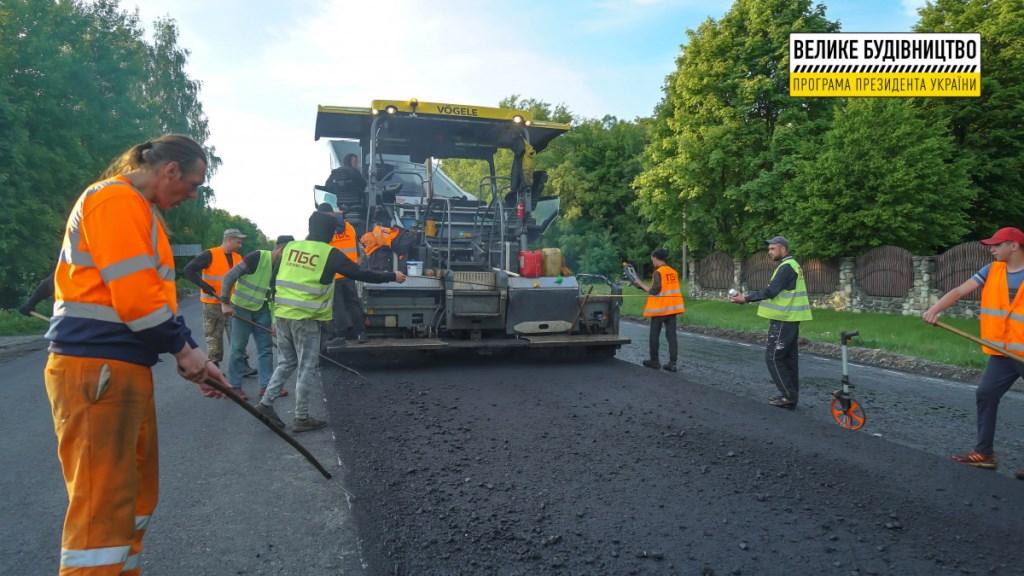 На Ковельщині відновлюють дорогу державного значення