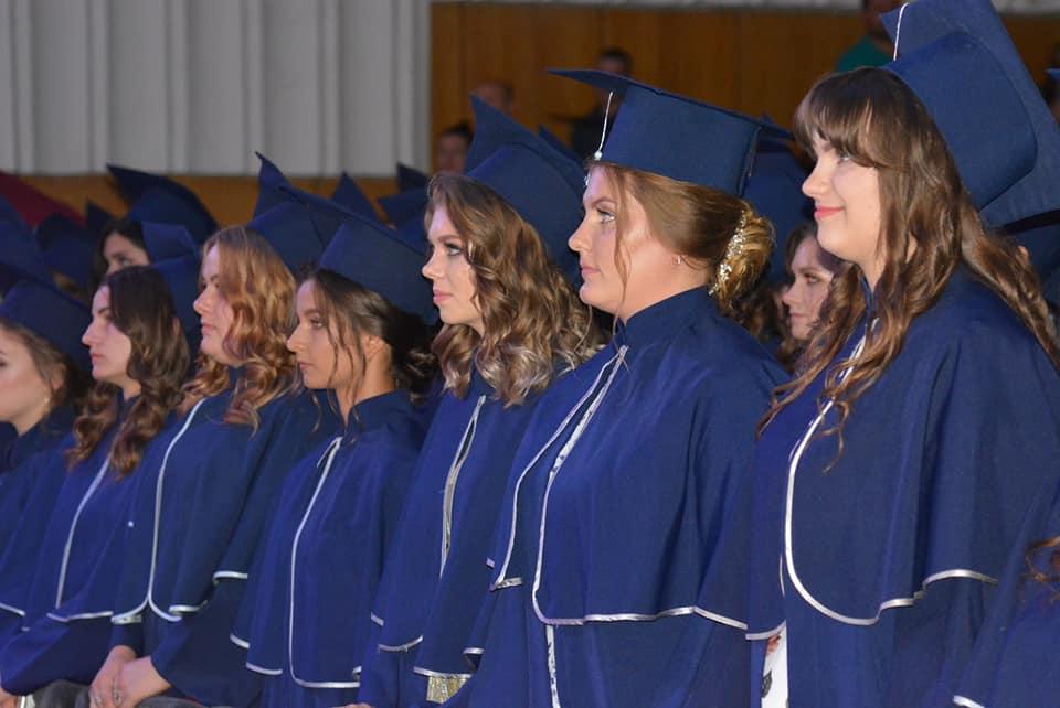 Студенти Ківерцівського медичного коледжу відсвяткували випускний