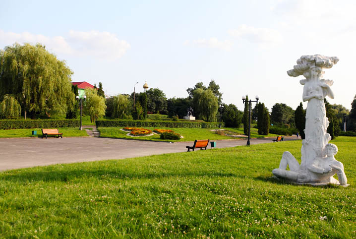 Жителям Володимира-Волинського нагадують про штрафи за порушення правил відпочинку у парках