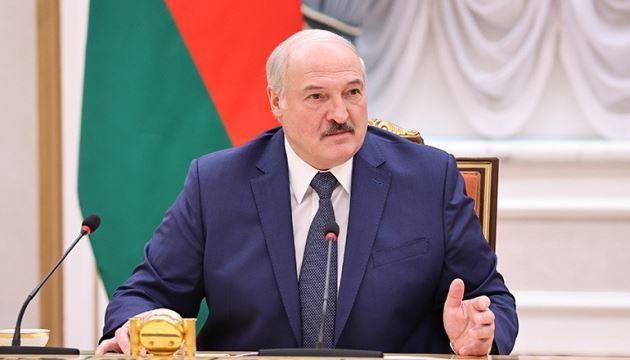 Лукашенко заявив, що слідство стосовно Протасевича і Сапеги буде вестися тільки в Білорусі