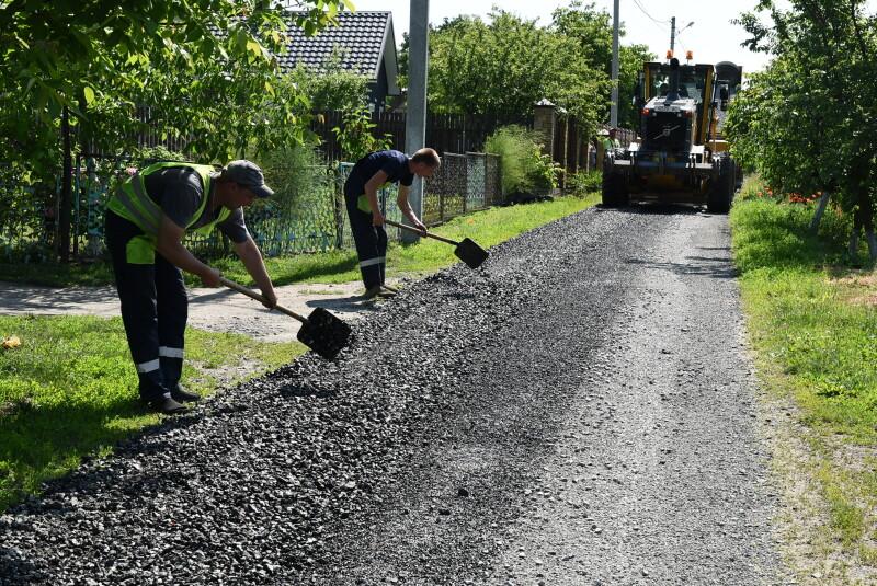 У Луцькій громаді ремонтують дороги