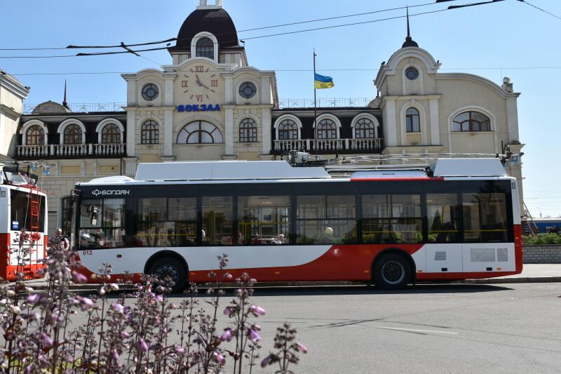 Вулицями Луцька курсуватимуть ще два нових тролейбуси