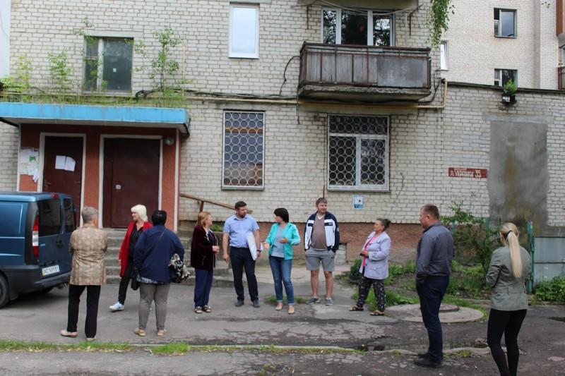 У Ковелі містяни висловили пропозиції щодо ремонту прибудинкової території на бульварі Лесі Українки