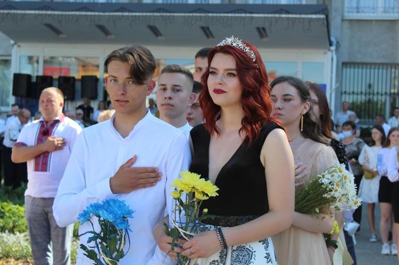 У Ковелі вітали випускників шкіл